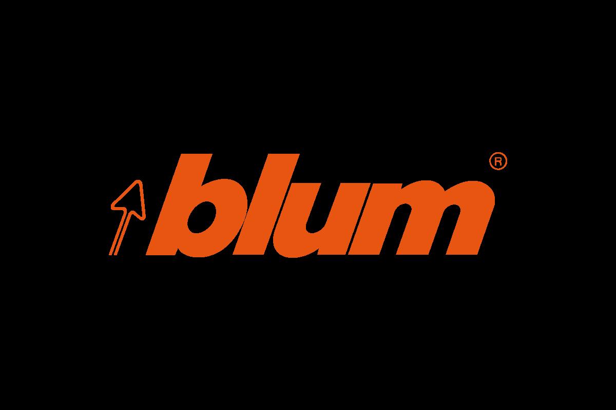 Blum déménage